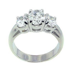 3 Cts. diamonds engagement ring 3 stone white gold